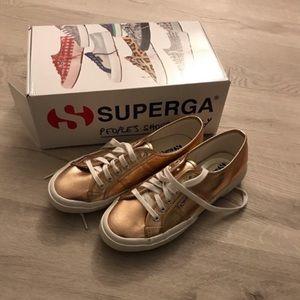 SUPERGA 2750 Cotu Metallic Sneakers in Rose Gold